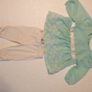 Adorable Healthtex 2 piece holiday outfit